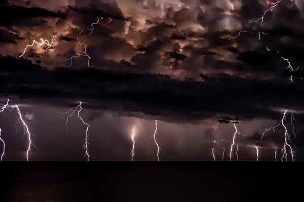 Hybrid-Storm